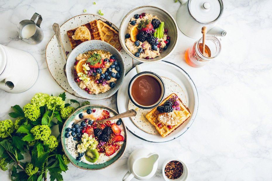 array of healthy breakfast foods